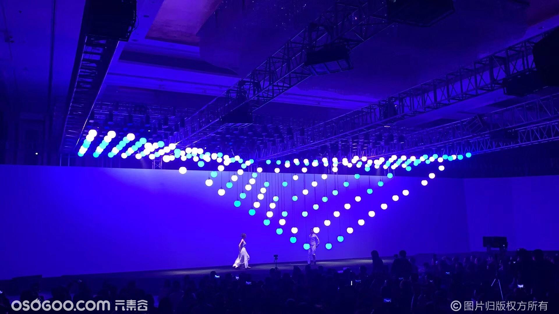 数控矩阵球方阵,LED发光球启动,数控球互动舞蹈
