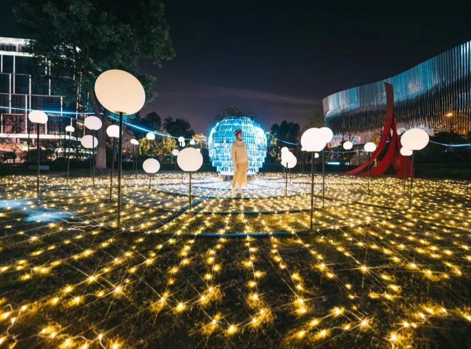 「光影上海」2019灯光艺术节