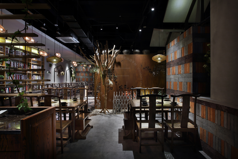 火锅空间设计·黑马火锅:粗犷自然的老字号火锅餐厅