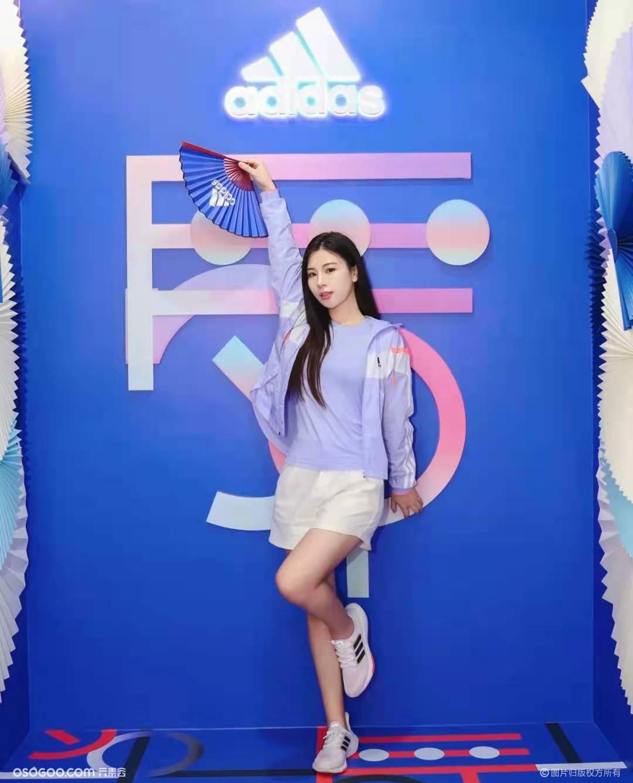 adidas「舞限空间」网红打卡