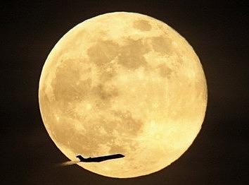 """中秋节,与其赏月不如""""探""""月"""