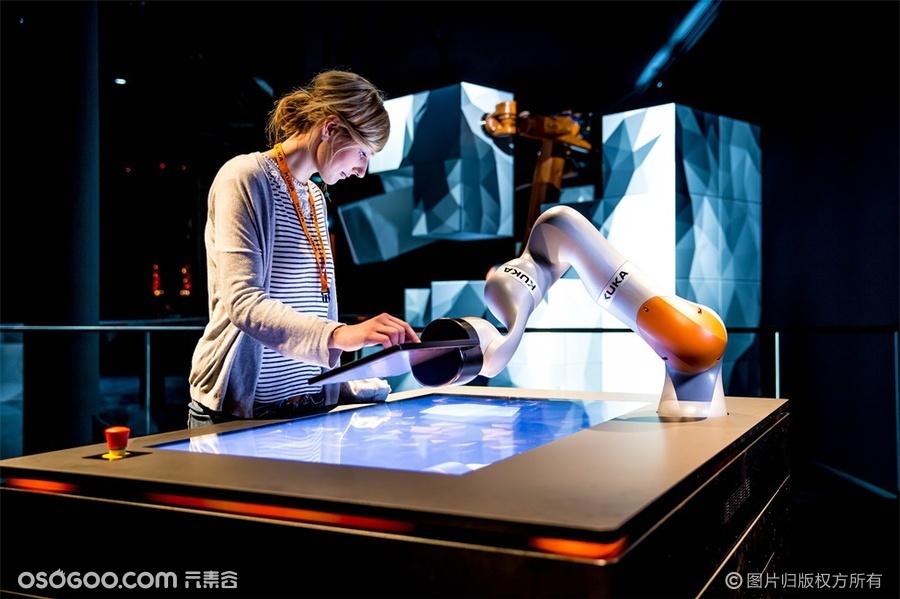 库卡(KUKA)机器人的展览,更重要的是体验!