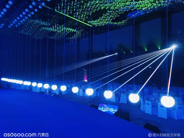 激光雕刻+数控球+激光追踪西安红星美凯龙创意开场秀
