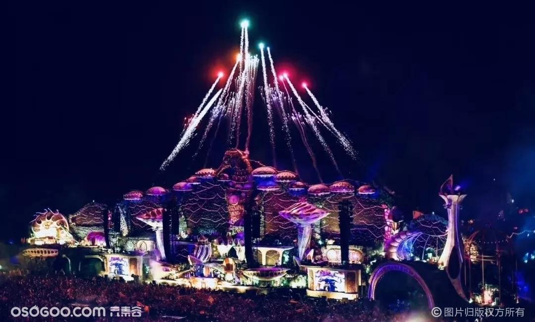 世界最大电音节Tomorrowland的顶尖舞台设