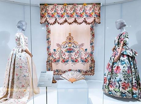 《源于自然的时尚》&《衣从万物:中国今昔时尚》年度大展
