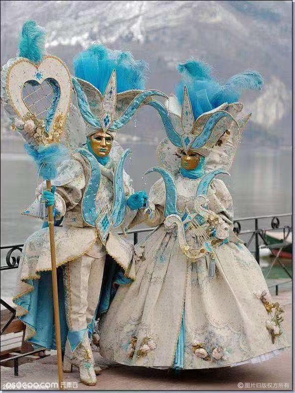 亚上文化-亚上礼服&万圣节巡游服装&节目演出 联系方式见首页