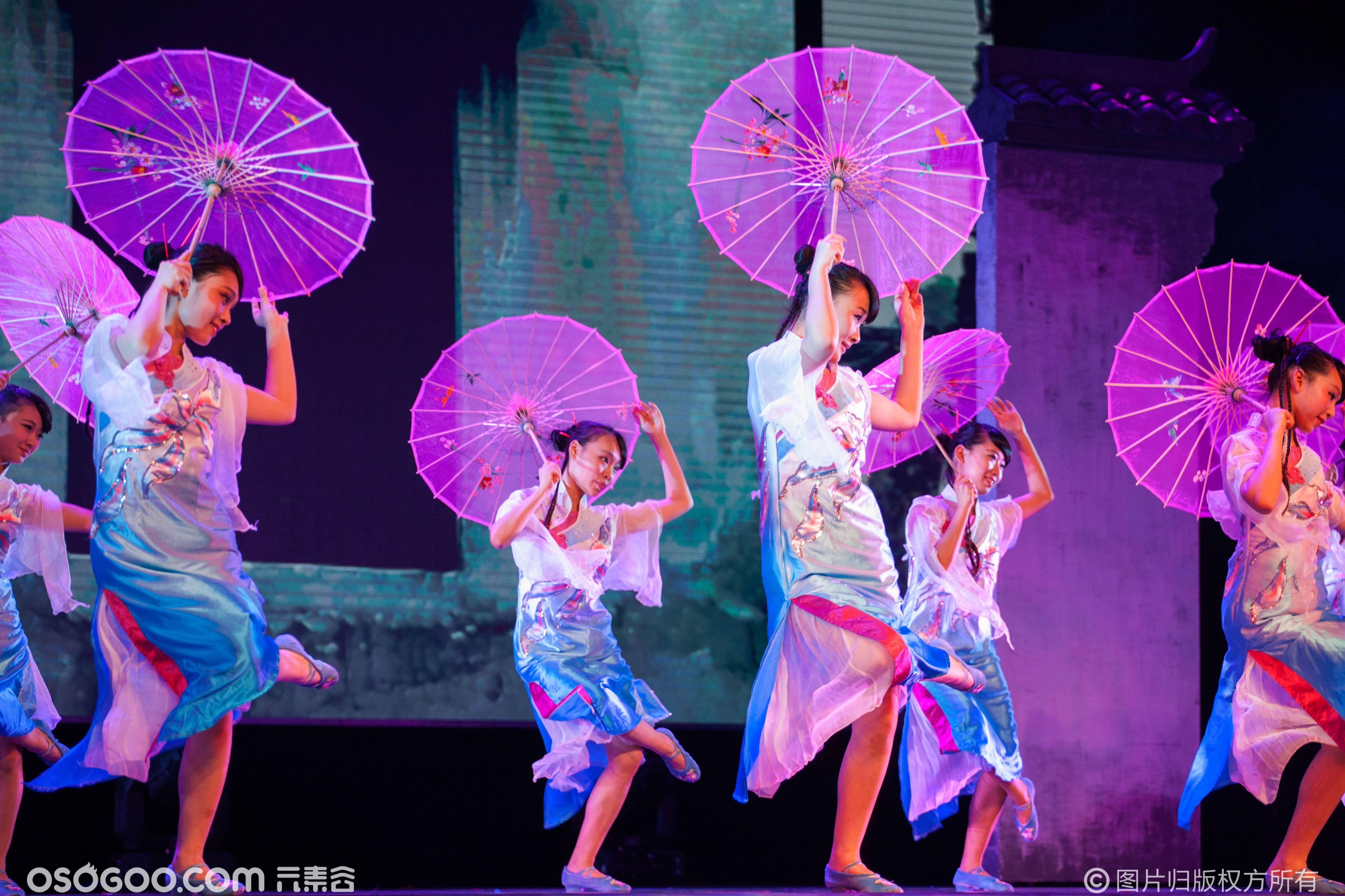 唯美舞蹈-小城雨巷