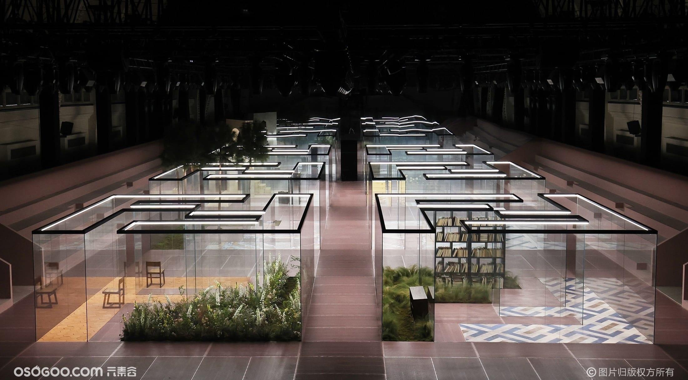FENDI | 上海FENDI 2021春夏高级定制时装秀