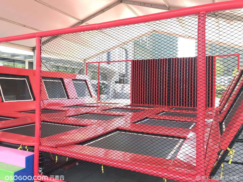 网红大型蹦床出租超级蹦床黏黏乐出租跑酷蹦床租赁出售