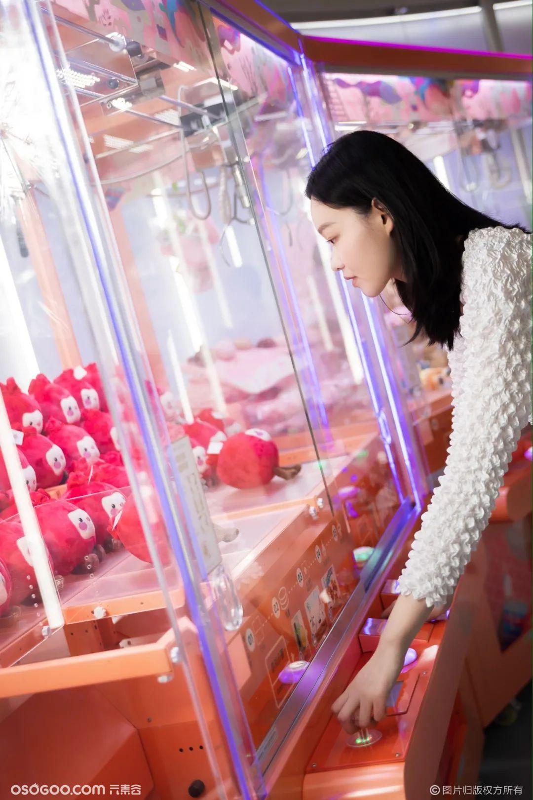 「未来茶研室」揭开奈雪红石榴的霸气奥秘