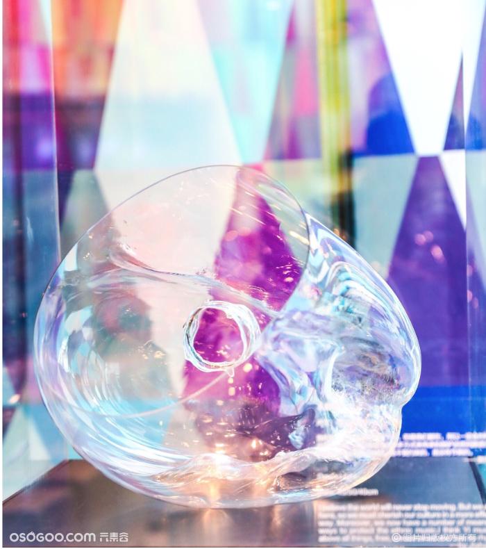 玻璃和音乐的跨界艺术展