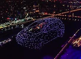 900台无人机点亮广州夜空大众品牌中国首发